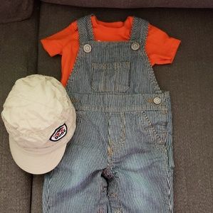 Baby boy jumper with cap